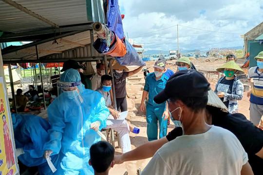 Em trai bệnh nhân 26025 dương tính với SARS-CoV-2