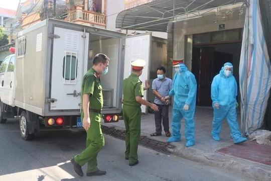 Nam Định: Khởi tố chủ nhà xe đưa khách vi phạm quy định về an toàn ở nơi đông người