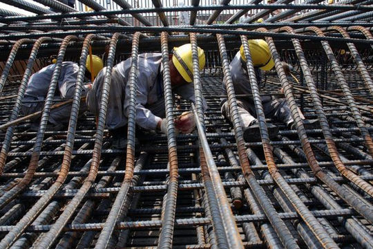 Bộ Tài chính đề xuất tăng 5% thuế xuất khẩu thép