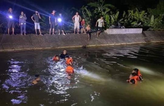 Rủ nhau tắm sông, hai chị em họ đuối nước tử vong