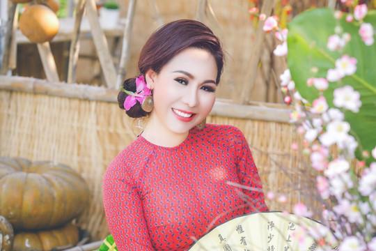 Vừa thanh lịch, vừa trendy với trang phục của nữ hoàng doanh nhân Kim Chi