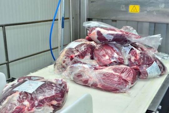 Campuchia: Thịt đông lạnh nhập khẩu từ Ấn Độ dương tính với Covid-19