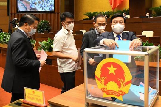 Phó Chủ tịch cùng 4 ủy viên Hội đồng Quốc phòng và An ninh vừa được Quốc hội phê chuẩn
