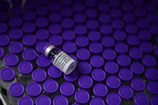 Tin vắn thế giới ngày 29/7: Pfizer/BioNTech khẳng định liều thứ 3 tăng khả năng chống lại biến thể Delta