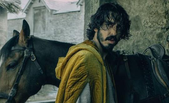 Phim kinh dị thần thoại về vua Arthur đang gây bão toàn thế giới