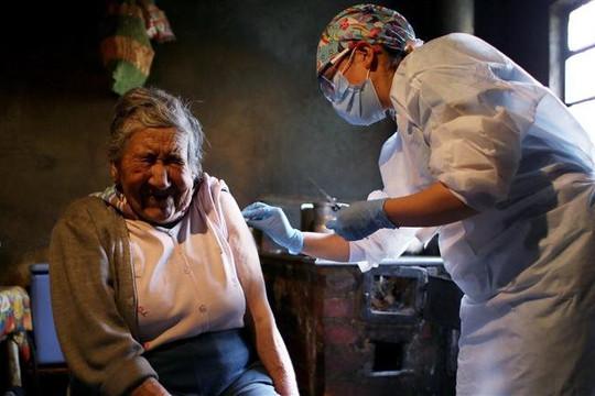 Tin vắn thế giới ngày 4/8: Thế giới vượt mốc 200 triệu ca bệnh; Biến thể Delta lây lan mạnh tại Mỹ