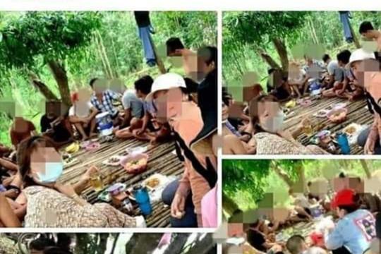 """21 nam, nữ vào rừng nhậu rồi """"khoe"""" trên Facebook, bị phạt 210 triệu đồng"""