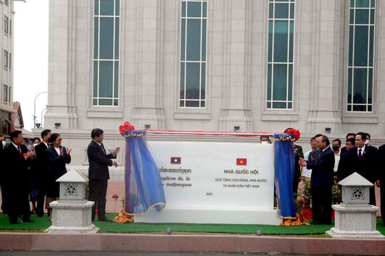 Chính thức khánh thành và trao tặng công trình Nhà Quốc hội Lào