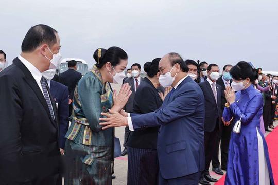 Chủ tịch nước kết thúc chuyến thăm Lào: 25 cuộc hội đàm, tiếp xúc; 14 văn kiện được ký kết
