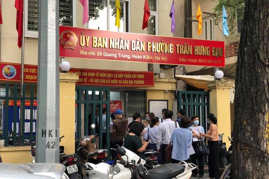 Hà Nội bỏ quy định ra đường phải có lịch làm việc, lịch trực