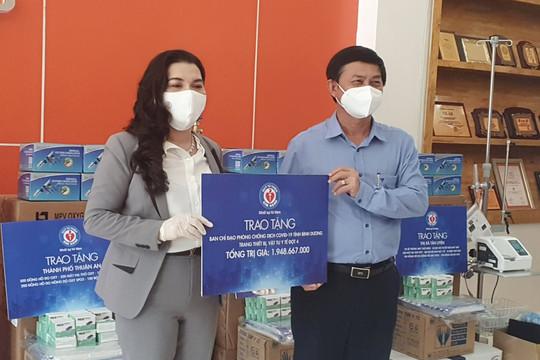Bình Dương tiếp nhận gạo và vật tư y tế từ Quỹ từ thiện Kim Oanh