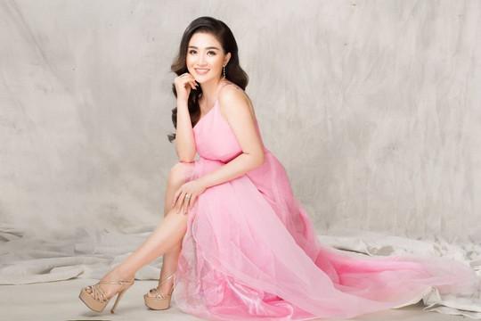 Hoa hậu Lam Paula chuẩn bị khai trương nhà hàng Hi5 Tea và Thái Food - Boba Tea.