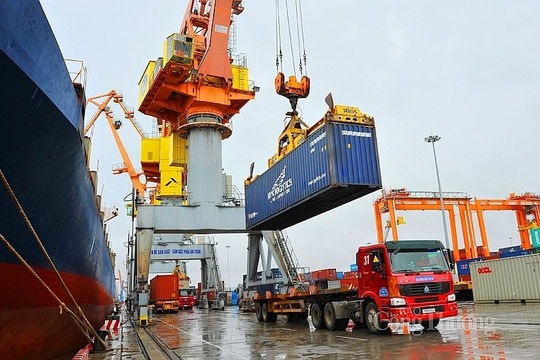 Xuất nhập khẩu hàng hóa tăng trưởng khả quan