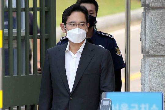 """""""Thái tử"""" Samsung Lee Jae-yong được ân xá"""