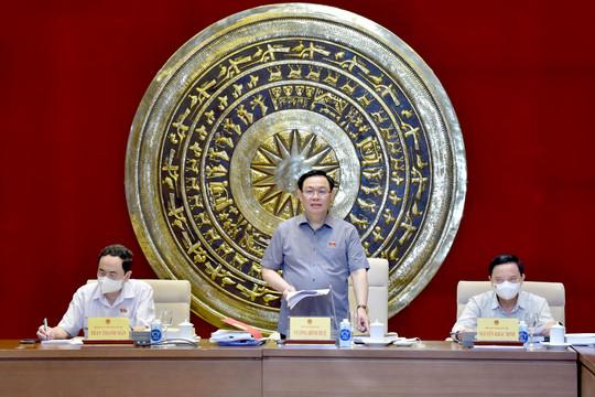 Triển khai thẩm tra 7 dự án luật trình Quốc hội tại Kỳ họp thứ 2