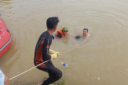 Đã tìm thấy 2 thi thể mất tích trên kênh Bắc