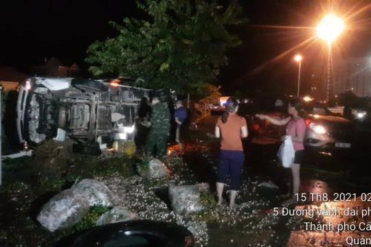 Quảng Ninh: Va chạm liên hoàn giữa 3 xe ô tô, 4 người thương nặng