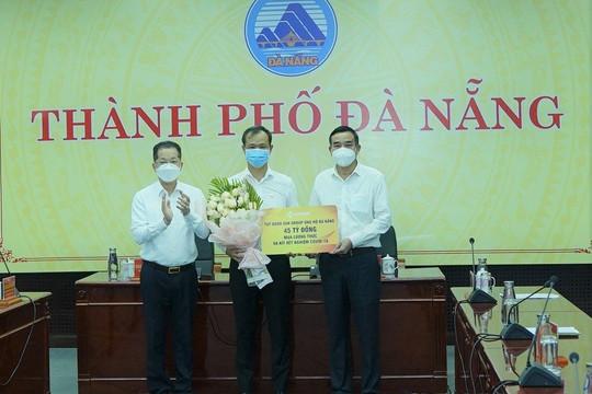 Sun Group hỗ trợ 45 tỷ đồng lương thực thực phẩm và kit xét nghiệm cho Đà Nẵng