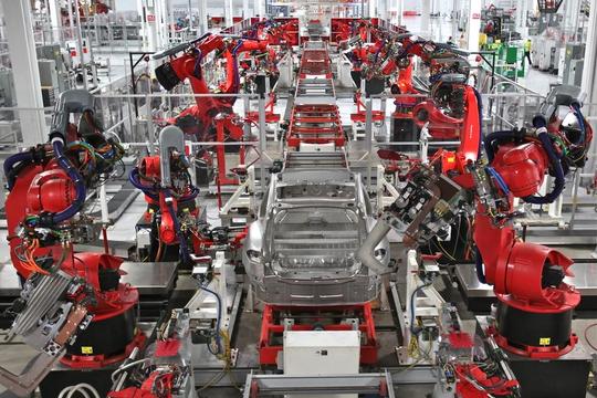 Tháo gỡ khó khăn cho ngành sản xuất, lắp ráp ô tô trong nước