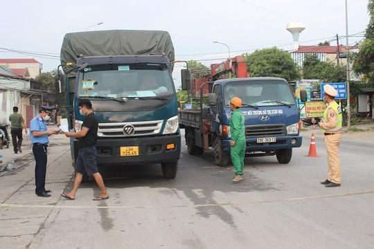 Lập 84 chốt kiểm soát người ra vào trên địa bàn huyện Lương Sơn