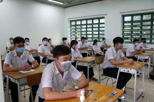 Học sinh Bình Dương học trực tuyến 2 tháng đầu, được miễn học phí học kỳ I