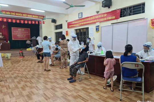 11 tỉnh, thành phố tham gia hỗ trợ Hà Nội xét nghiệm, tiêm chủng