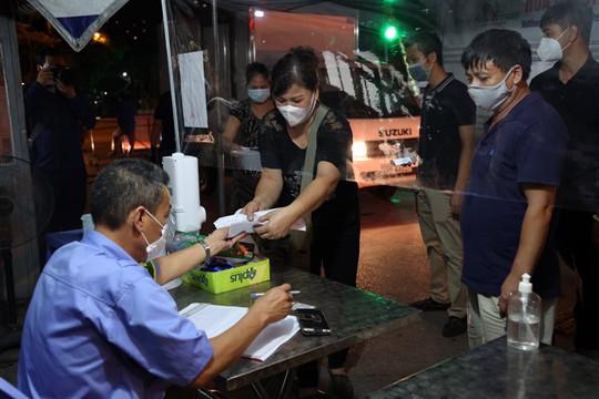 Chợ đầu mối phía Nam Hà Nội được hoạt động trở lại sau hơn 20 ngày đóng cửa