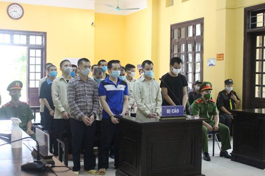 Tổ chức cho người khác nhập cảnh trái phép, nhóm bị cáo lĩnh 130 năm tù