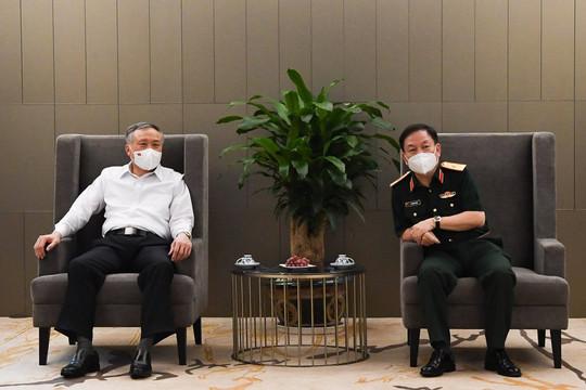 Chánh án TANDTC Nguyễn Hòa Bình thăm và làm việc với Tập đoàn Viettel