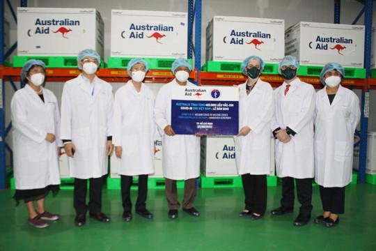 Việt Nam tiếp nhận lô vaccine AstraZeneca đầu tiên do Australia hỗ trợ