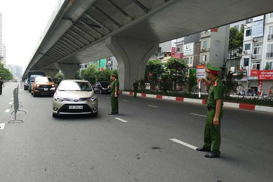 Hà Nội: Triển khai thêm 6 tổ công tác kiểm tra giấy đi đường