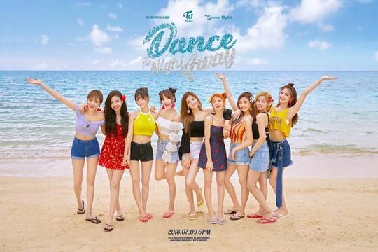 """MV """"Dance The Night Away"""" giúp TWICE thiết lập kỷ lục mới"""