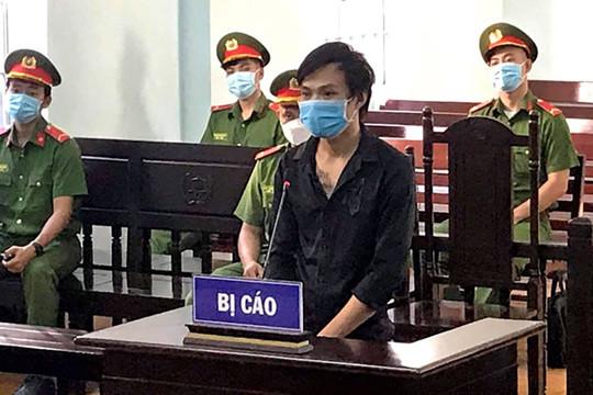 Lĩnh 12 tháng tù vì tấn công cán bộ chốt kiểm soát dịch