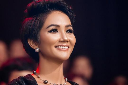 Hoa hậu Hen Nie: Triệu túi an sinh là triệu câu chuyện, triệu niềm hy vọng được thắp lên