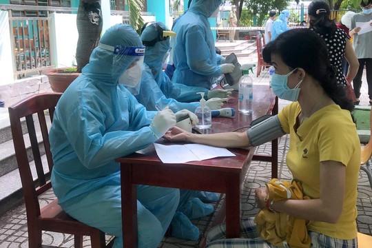 Bình Dương phấn đấu tiêm 100 ngàn liều vắc xin SinoPharm/ngày cho người dân