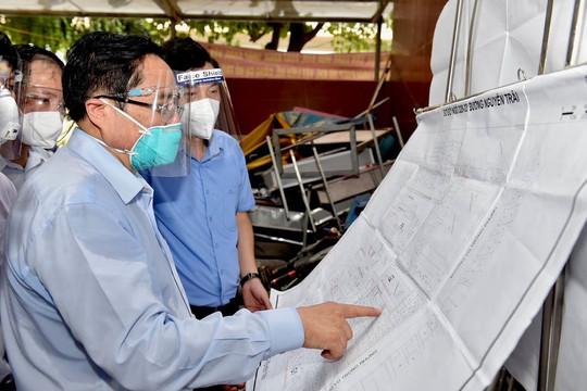 Thủ tướng: Hà Nội rà soát, khắc phục ngay các hạn chế, bất cập trong phòng, chống dịch