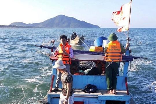 Ngư dân mắc chân vào lưới rớt xuống biển mất tích