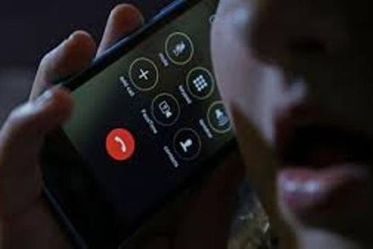Nghe điện thoại từ người lạ, mất 1,6 tỷ đồng