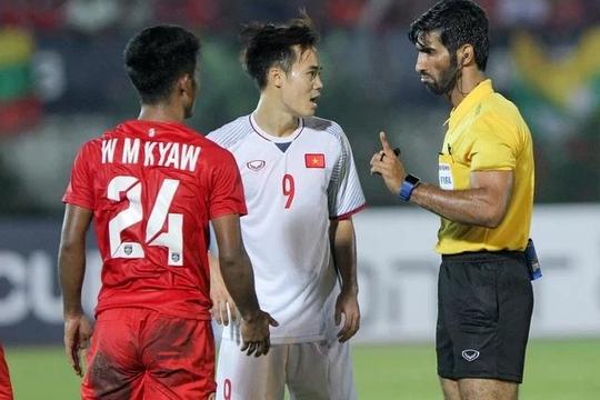 ĐT Việt Nam đối diện cơn ác mộng trọng tài trận gặp Australia
