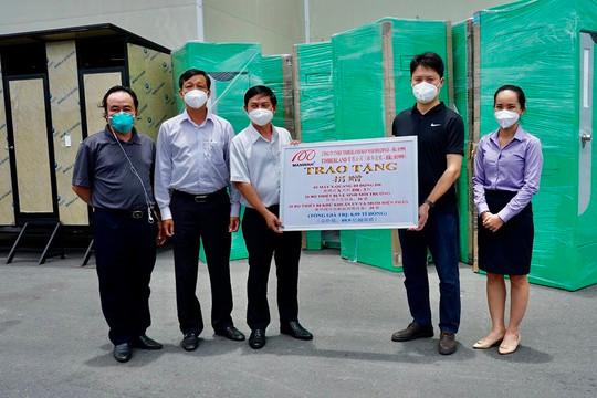 Hiệp hội Nhà vệ sinh Việt Nam vận động gần 15 tỷ đồng tài trợ cho công tác phòng chống dịch tại Bình Dương