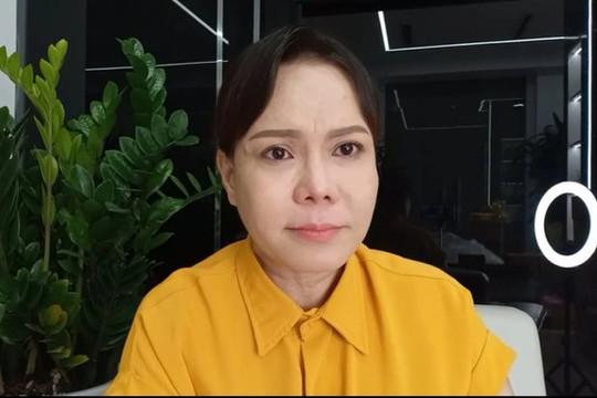 NS Việt Hương bị trộm đồ nhưng vui mừng khi tìm lại được một vật để tiếp tục cứu trợ bà con