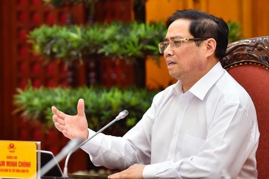 Thủ tướng: Hà Nội cần kịp thời điều chỉnh bất cập trong việc cấp giấy đi đường