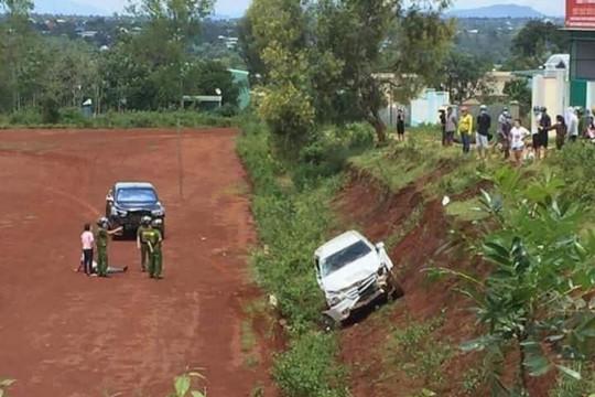 Lái xe tông vào xe ô tô người khác để giải quyết mâu thuẫn