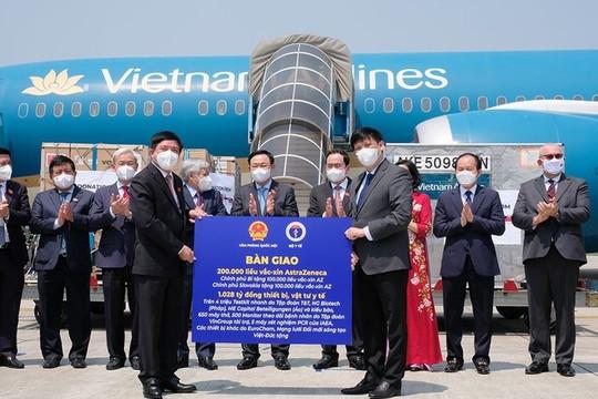 Việt Nam nhận thêm 200.000 liều vaccine AstraZeneca
