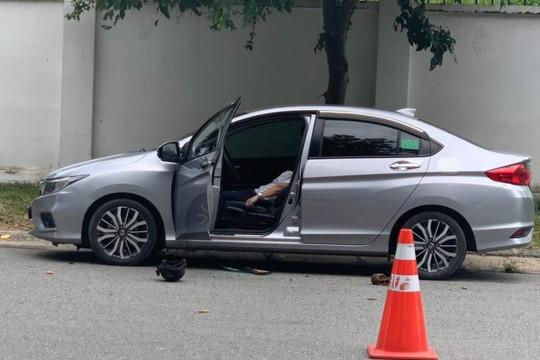 Bình Dương: Bí thư Đảng ủy thị trấn tử vong trong xe ô tô
