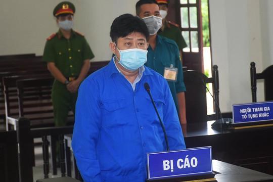 Chống người thi hành công vụ, tài xế lĩnh án 12 tháng tù