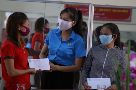Hỗ trợ 500 ngàn đồng/người cho các đối tượng không có hộ khẩu, chưa đăng ký tạm trú ở Hà Nội