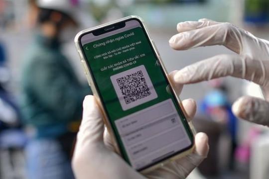 TP Hồ Chí Minh thí điểm cấp mã QR cho người dân 3 quận, huyện để tham gia sản xuất an toàn