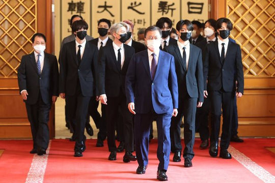 BTS diện kiến Tổng thống Hàn Quốc, chính thức trở thành Đặc phái viên