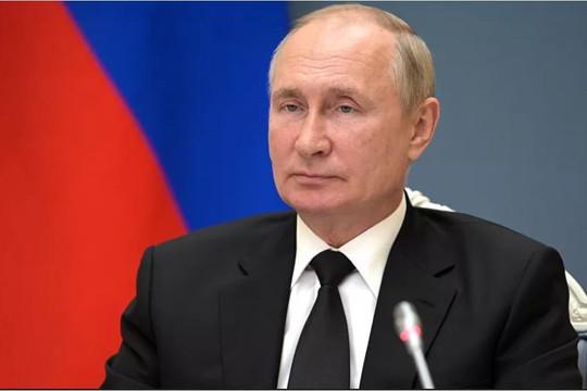Tổng thống Putin tự cách ly vì COVID-19